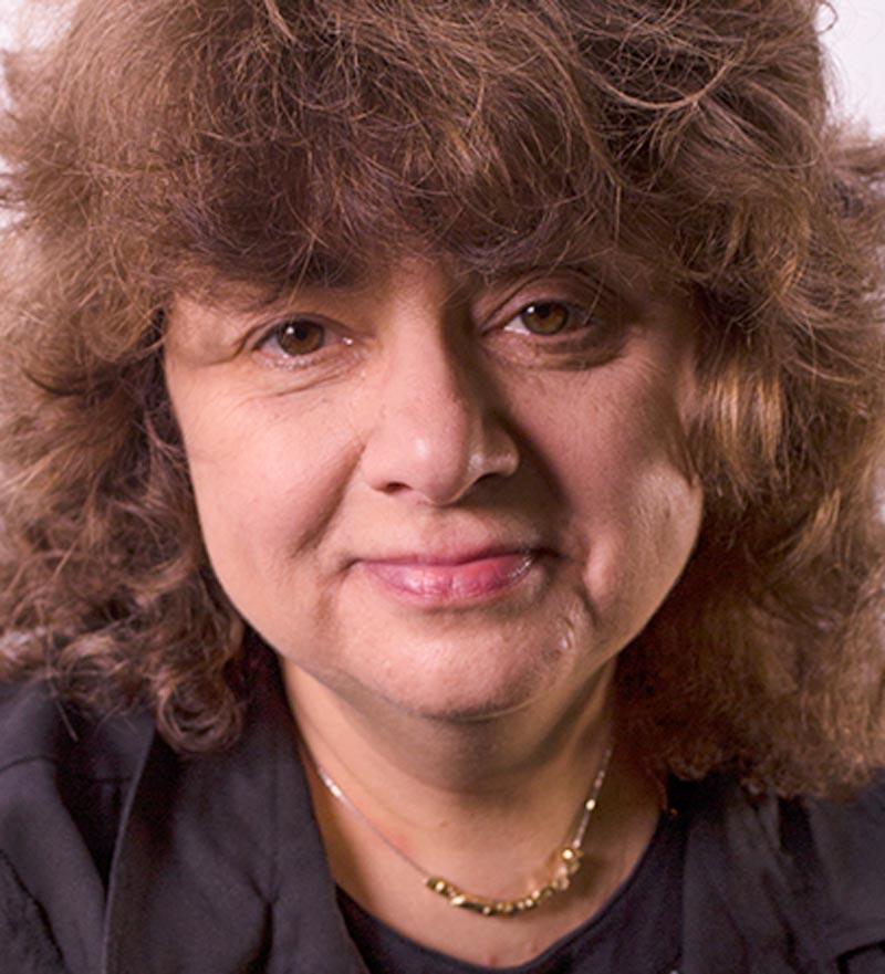 Prof. Julia Blum